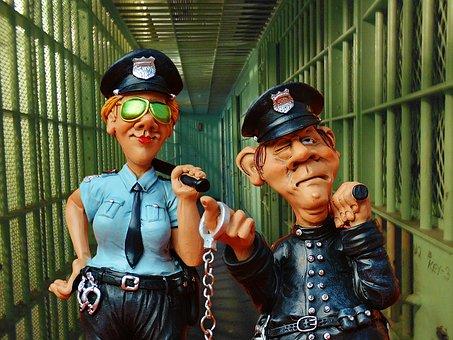 אני אשים אותך בבית הכלא!              משמעות משחק דמיון